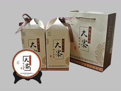 大寨 (黄佤古树茶)