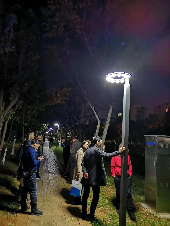 昆明市船房河路灯