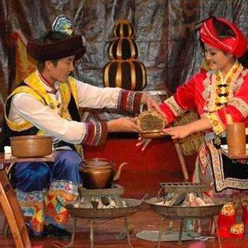 西双版纳少数民族饮茶习俗